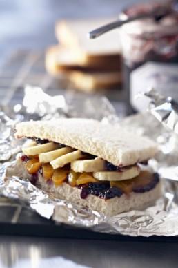 Receta del sandwich de melocotón y plátano.