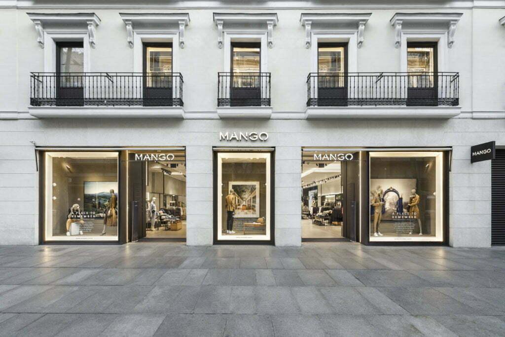 Fachada de Mango Madrid