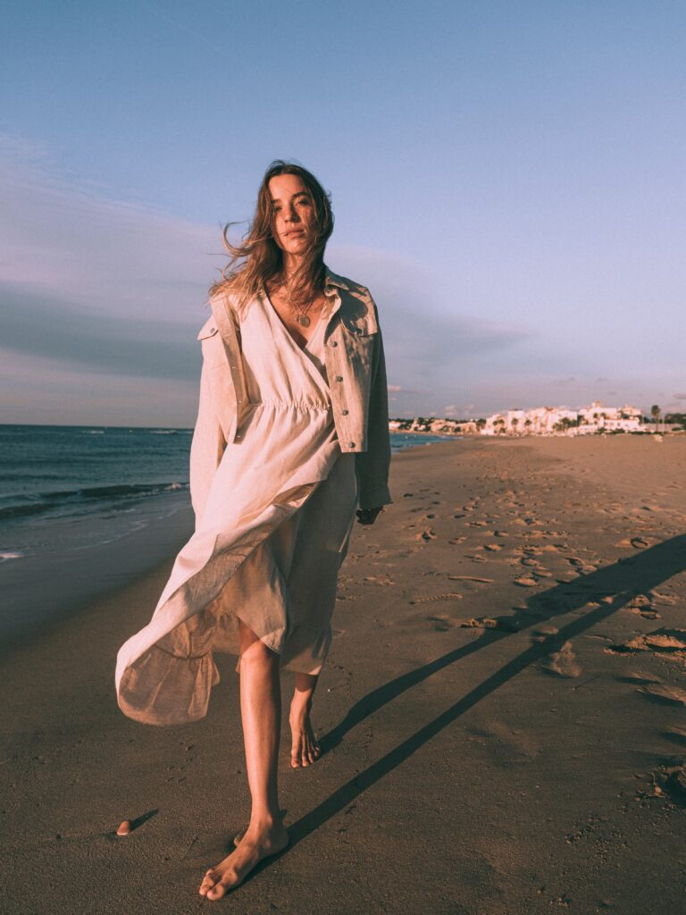 TNS mujer playa